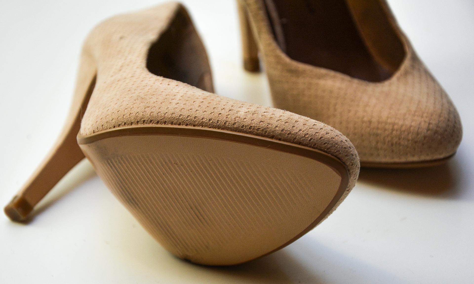 Cambiare il tacco di una scarpa: ecco come fare Autoproduciamo