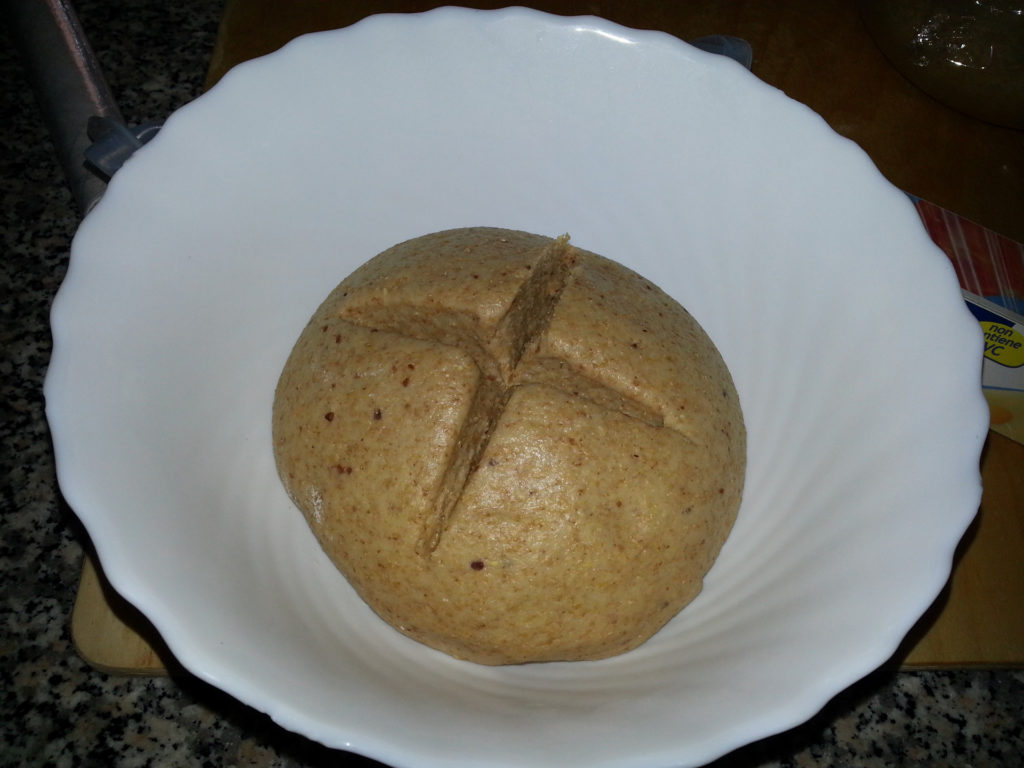 Ciotola panini dolci integrali