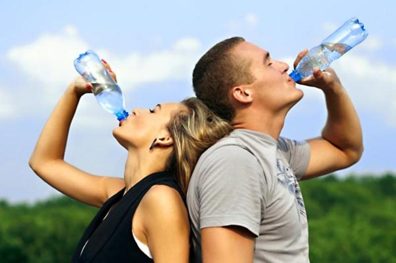 Depurarsi - bere acqua