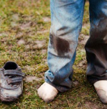 macchie di erba e fango