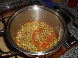 Sugo piselli e cipolla - Passata di pomodoro