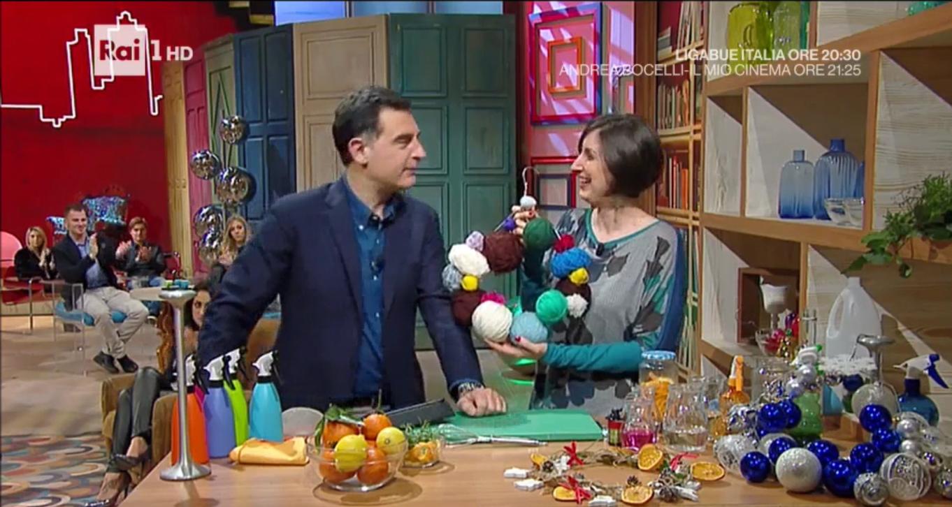 Ghirlande di natale fai da te con riciclo creativo - Natale fai da te 2017 ...