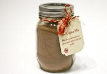 Barattolo con preparato per cioccolata calda