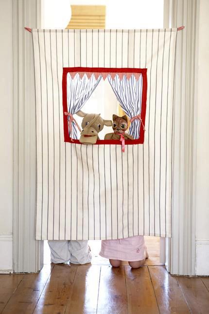 Giochi fai da te per adulti e bambini - Teatrino marionette