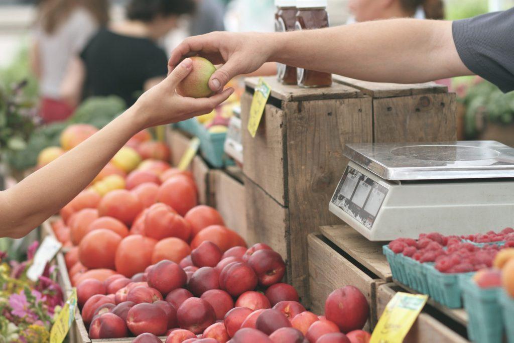 Frutta ammaccata e/o matura - Mercato