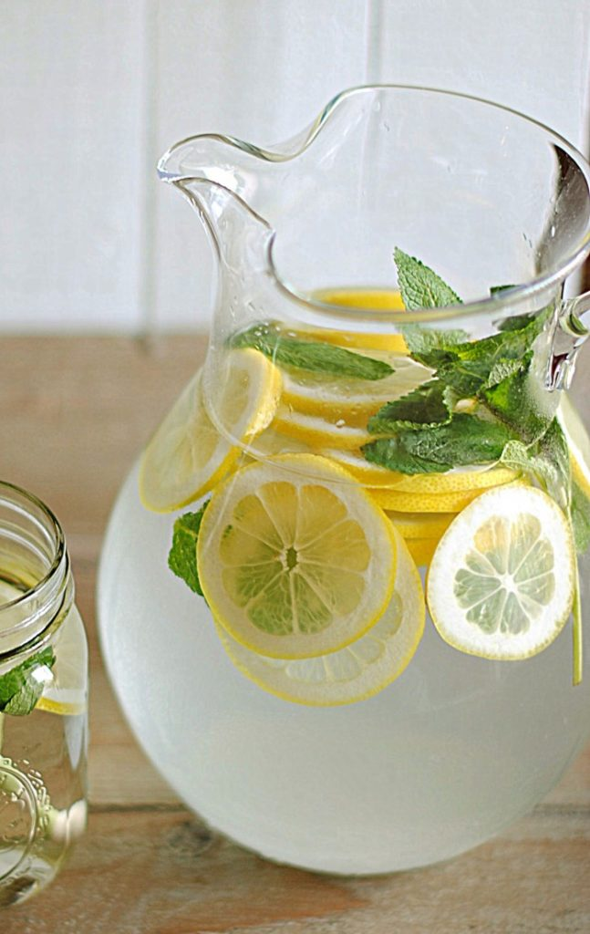 Acqua aromatizzata limone e menta