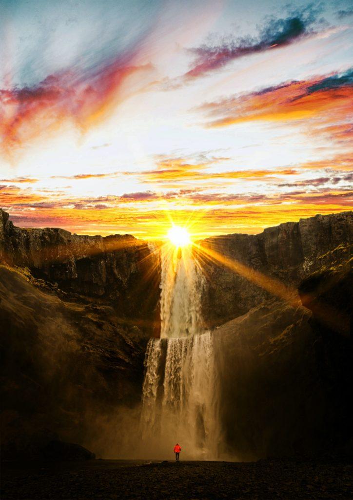 AkelAmadahy - Non c'è un pianeta di riserva - Cascata