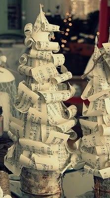 Alberi di Natale fai da te - Riciclo creativo