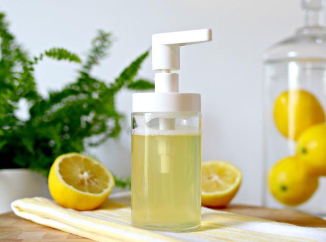 Detersivo per piatti al limone