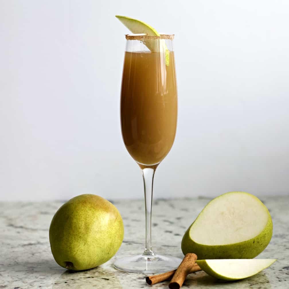 Succo di pera e cannella